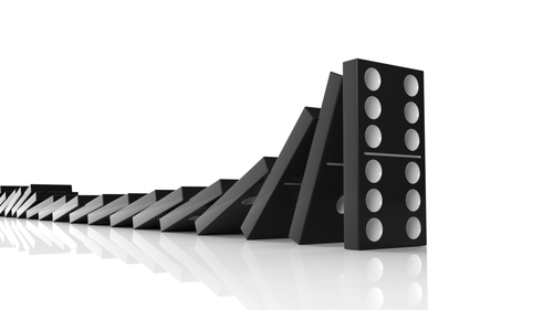 Dominoes-1